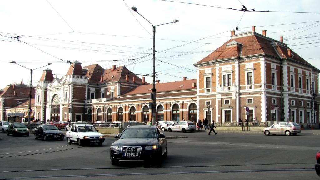 1.0 cluj wikipedia Cluj-Napoca-Piața_Gării-Gara-IMG_4623