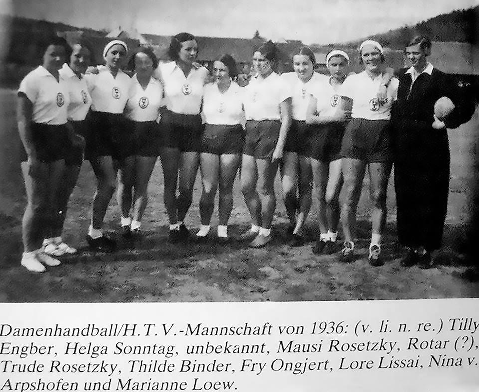 Echipa de Handball Feminin a Sibiului 1936 1662126_822747321131507_1421350764853522415_n
