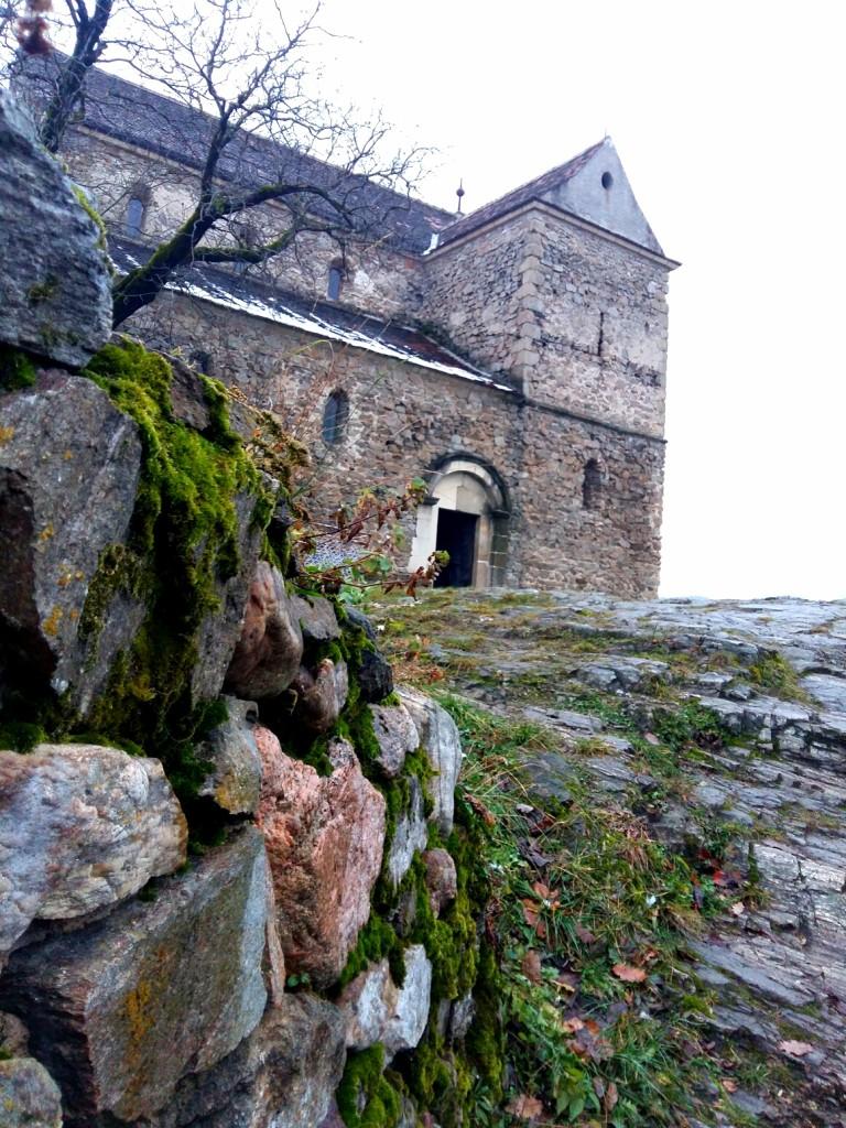Mentiune - MITRA MARIA DENISA - Biserica cisterciana, Cisnadioara