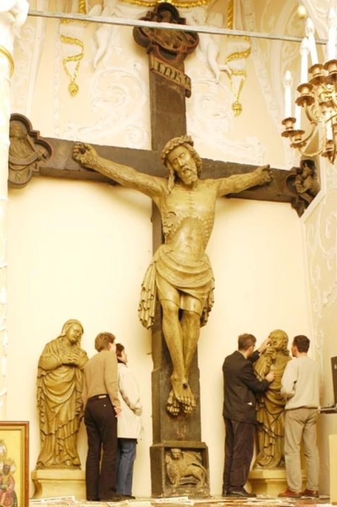 hir0_n.Hermannstadt.Kapelle Sta.Crux. Petrus Lantregen-Kruzifix.1417.
