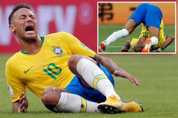 SPORT-PREVIEW-neymar-floor